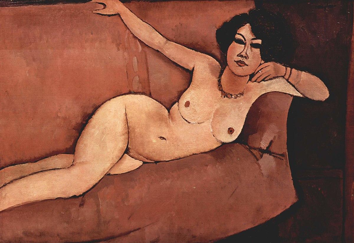 Nudo sul divano