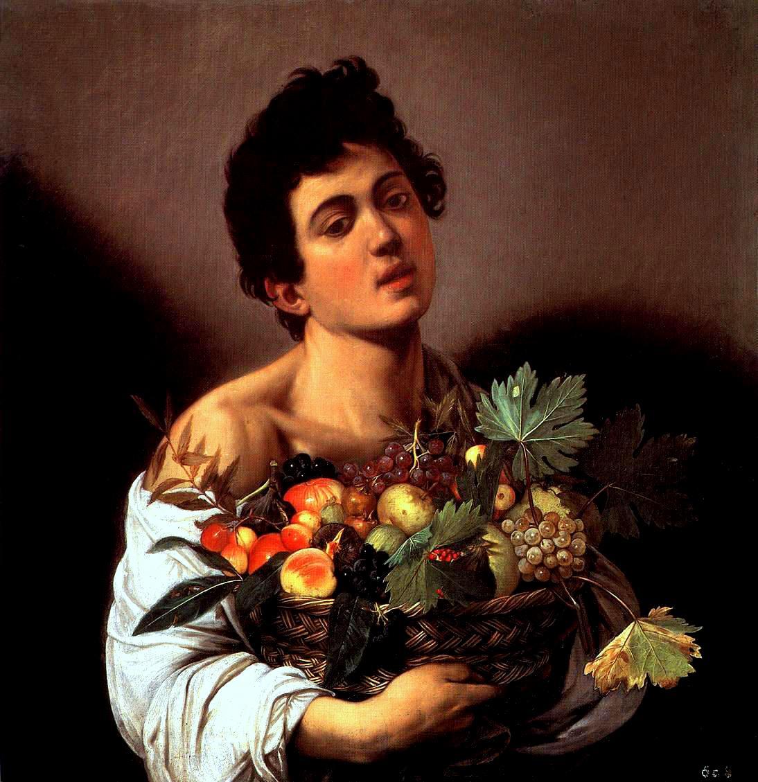 Giovane con canestra di frutta