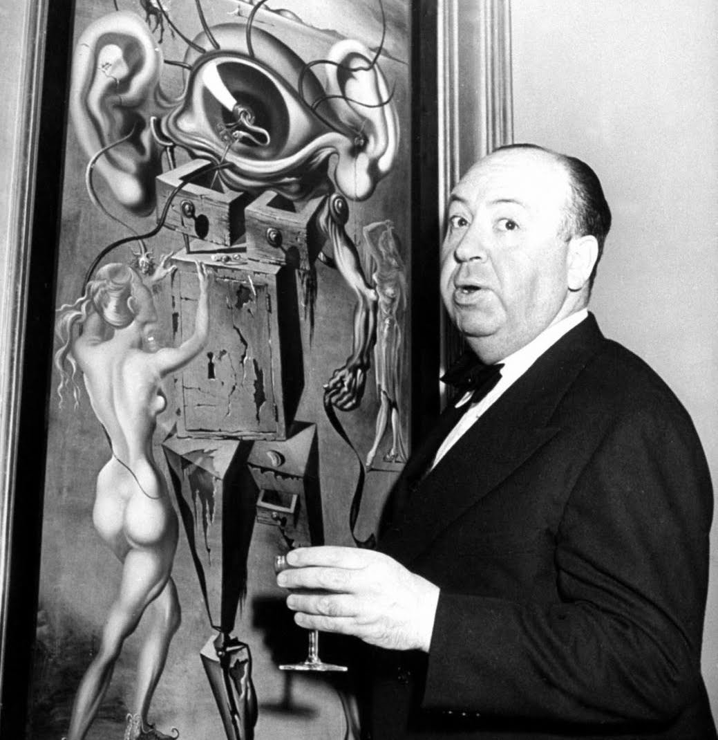 Hitchcock con un quadro di Dalì per Spellbound